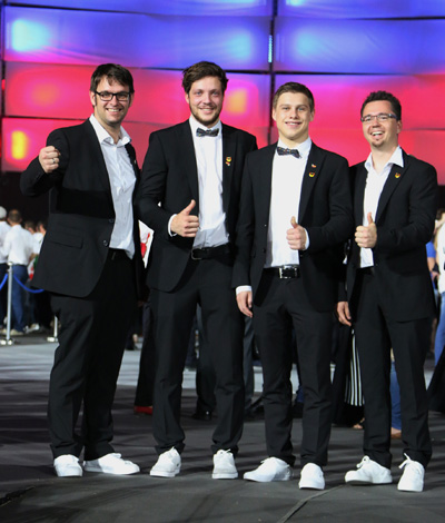Medaillons for Excellence für Team Deutschland bei der Siegerehrung der World Skills